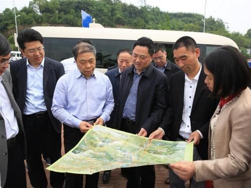 市委书记蒋辅义带队调研纳溪区城市建设工作